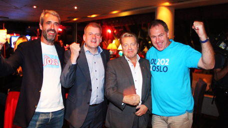 Norwegian Olympic and Paralympic Committee President Børre Rognlien (second from right) was delighted by the news that the public had voted in favour of submitting a bid for the 2022 Winter Games
