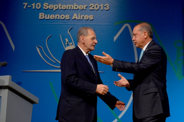 Turkish Prime Minister Recep Tayyip Erdoğan greets IOC President Jacques Rogge after helping present the bid from Istanbul 2020