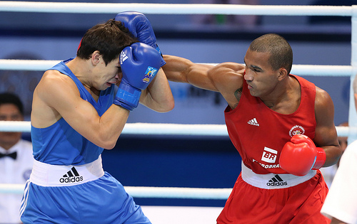 Russia's Artem Chebotarev (blue) and Florentino Falcao Esquiva faced off in one of the best bouts of day eight at the World Boxing Championships in Almaty