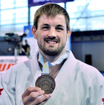 Colin Oates has claimed -66kg gold at the Glasgow European Open