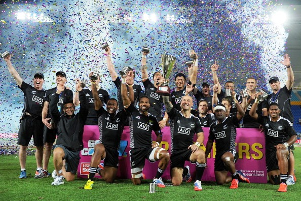 Defending World Sevens Series champions New Zealand got their 2013-2014 campaign off to a winning start on the Gold Coast