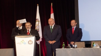 PASO President Mario Vázquez Raña announces that Lima have been awarded 2019 Pan American and Parapan Games