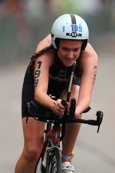 Faye McClelland took gold ahead of team mates Lauren Steadman and Clare Cunningham at the ITU World Triathlon Championships at Hyde Park in September ©Getty Images