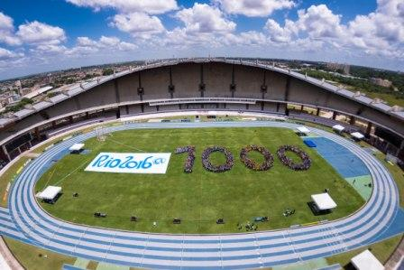School Games participants and Olympic medalists joined together to mark the 1,000 day anniversary in the Mangueirão Stadium