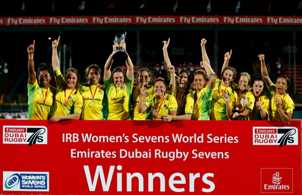 Australia's women celebrate a thrilling victory in the season opener in Dubai ©Getty Images