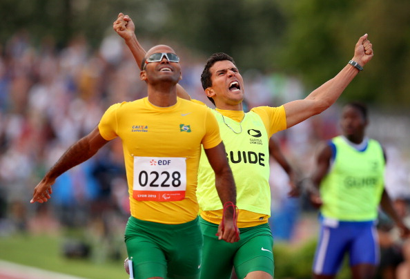 It is hoped that athletes such as 400m T11 world champion Daniel Silva will indirectly benefit from the courses ©Getty Images