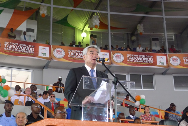 Chungwon Choue addressed the crowd as he opened the 2013 WTF World Cup Taekwondo Team Championships in Abidjan ©WTF