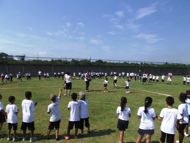 Rugby is being introduced to schools across Rio to generate interest and support ahead of Rio 2016 © IRB