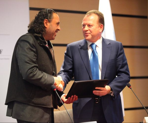Sheikh Ahmad and Marius Vizer, Presidents of the Association of National Olympic Committees and SportAccord respecitvely, have signed a new partnership agreement in Lausanne
