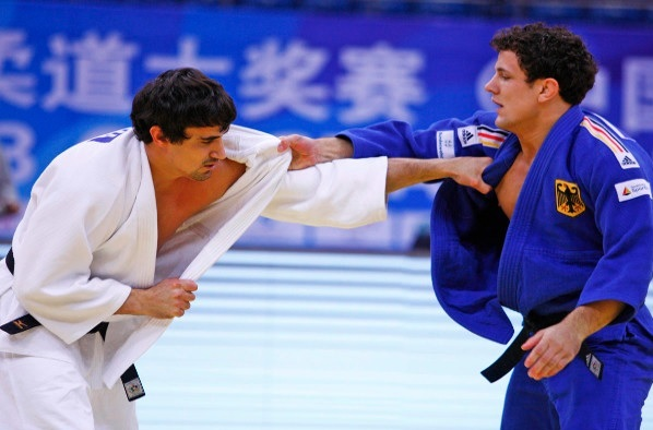 The United Arab Emirates Sergiu Toma edged past Germanys Sven Maresch in the under 81kg category
