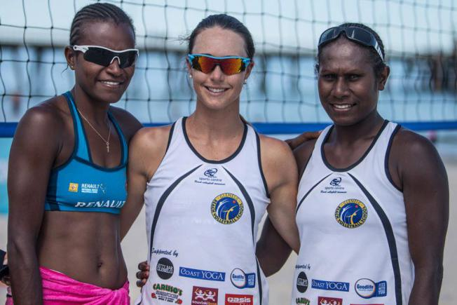 Lauren McLeod, flanked by Miller Elwin and Henriette Iatika