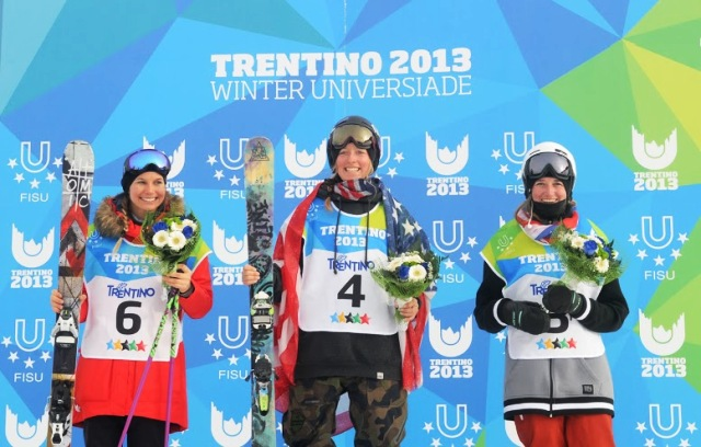 Alexis Keeney (centre) celebrates receiving her gold medal in Monte Bondone today ©Daniele Mosna/Trentino 2013 Universiade
