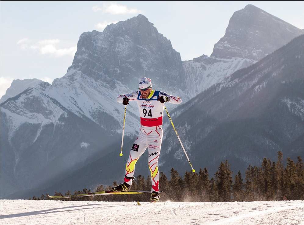 Canada's Brian McKeever on way to gold amid stunning home scenery in Canmore ©Pam Doyle/IPC