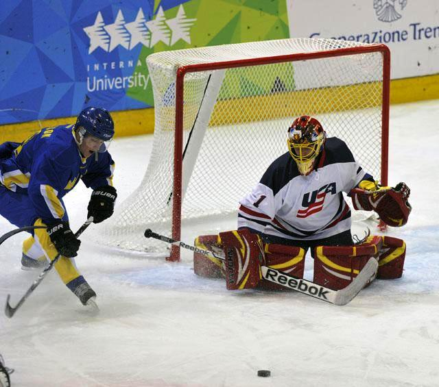 Sweden and the USA played out a closely fought match with the men in red, blue and white eventually emerging victorious ©Trentino 2013