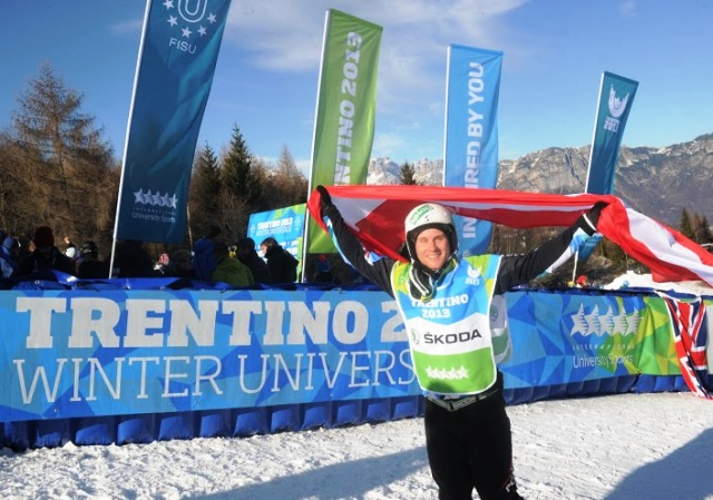 They Douschan accepts the applause after bagging Universiade gold at Monte Bondone today ©Daniele Mosna/Trentino 2013 Universiade