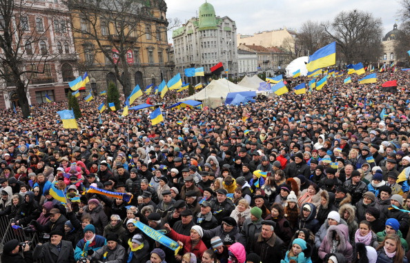 Ukrainian protesters shout slogans as thousands gather for a pro-EU opposition rally in Lviv ©AFP/Getty Images