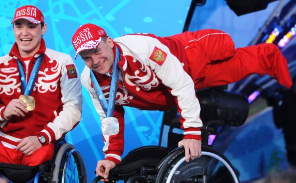 Vancouver 2010 bronze medal winner Roman Petushkov was celebrating in Canada once again after he was one of six Russians to take gold at the IPC Nordic Skiing World Cup in Canmore ©Getty Images