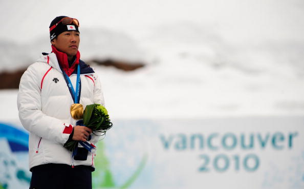 Yoshihiro Nitta after receiving his gold medal in the one kilometre sprint standing event at Vancouver 2010, one of events he won G©etty Images