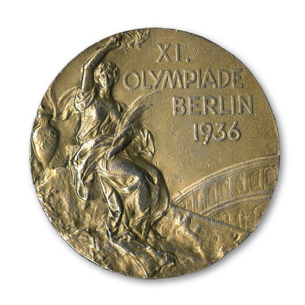 One of Jesse Owens' four Olympic gold medals from Berlin 1936 is up for auction ©SCP Auctions