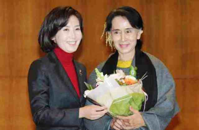 South Korean Kyung-won Na (left) is one of only three women elected to the IPC Governing Board last November ©Getty Images