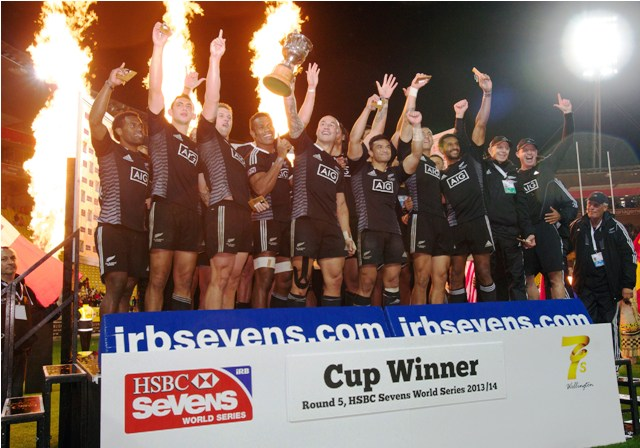 New Zealand got back to winning ways on home soil after claiming the Wellington Sevens title ©IRB/Martin Seras Lima