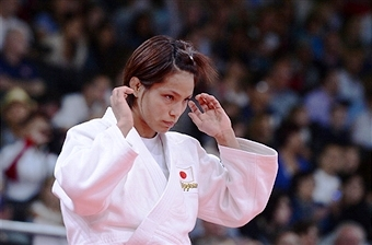 Olympic champion Kaori Matsumoto is set to return to action in Düsseldorf this weekend ©AFP/Getty Images