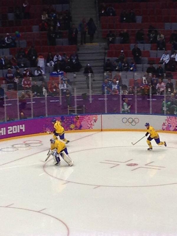 The men's ice hockey semi-final gets underway between Sweden and Finland ©Twitter