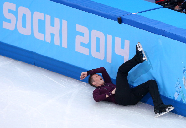 Jeremy Abbott of the United States falls during his routine ©Getty Images