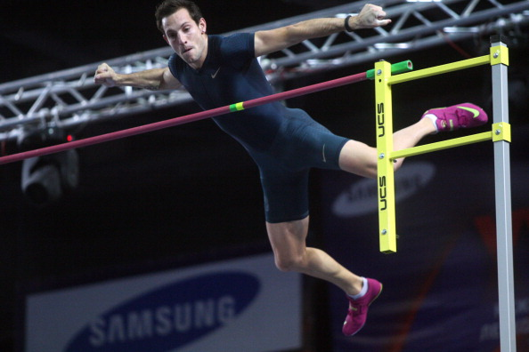 France's Olympic champion Renaud Lavillenie clears the world record pole vault height of 6.16 metres in Donetsk, breaking a 21-year-old mark ©AFP/Getty Images