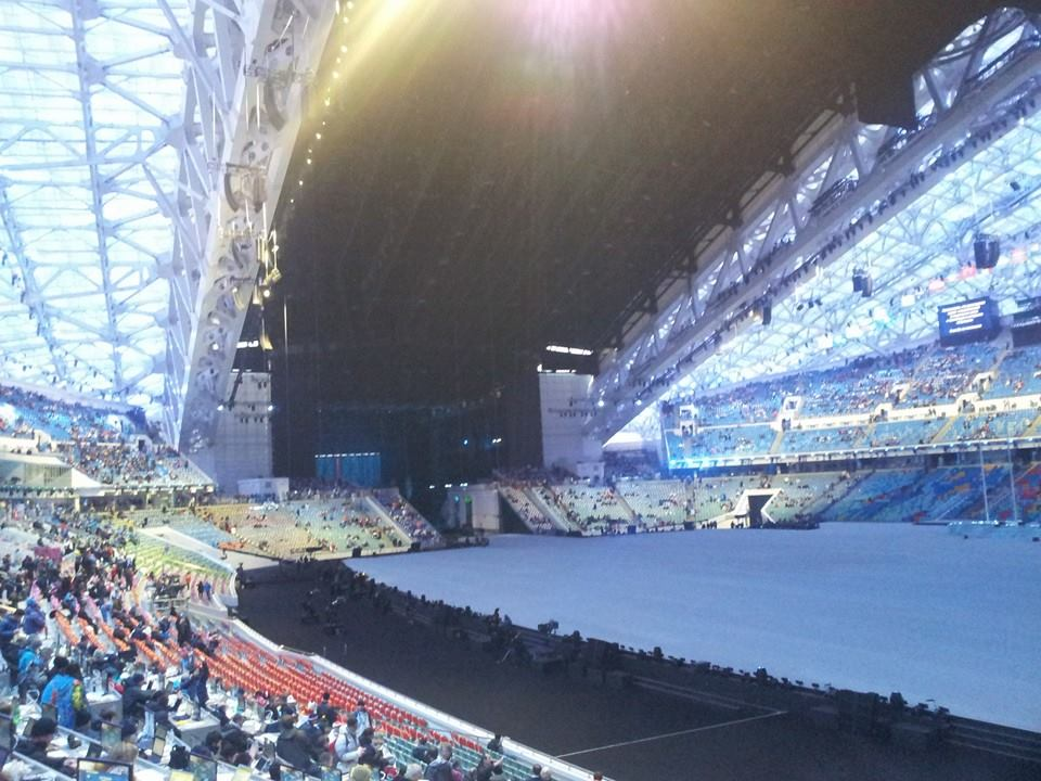 The roof of the Fisht Olympic Stadium is firmly closed ©ITG
