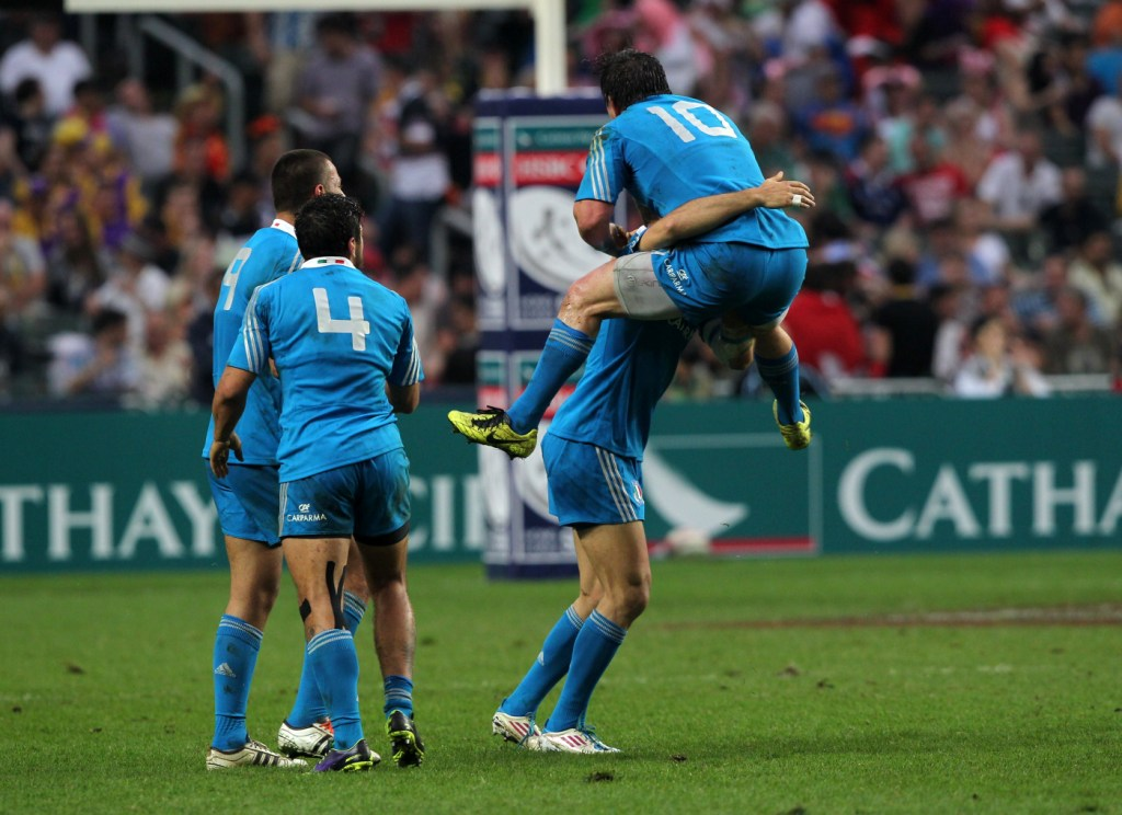 A sudden death extra time try ensured Italy's progression into the semi-final of the World Series qualifier in Hong Kong ©IRB/Martin Seras Lima