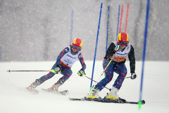 British pair Jade Etherington and guide Caroline Powell have the lead in the visually impaired slalom ©Getty Images
