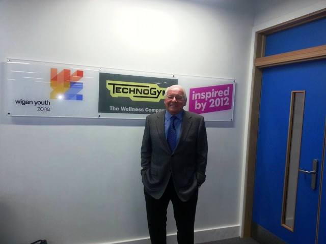 Dave Whelan believes that projects like the Wigan Youth Zone are crucial to ensuring a lasting legacy from London 2012 ©ITG
