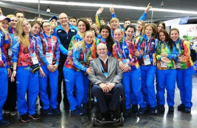 IPC President Sir Philip Craven arrives in Sochi and is greeted by Sochi 2014 President Dimitry Chernyshenko and Games volunteers ©Sochi 2014