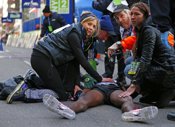 Mo Farah following the New York Half Marathon this morning ©Getty Images