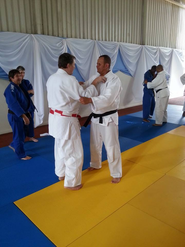 Robert Van de Walle showing how the basics have to be right, similar to in a judo technique, in order for the results to be effective ©ITG