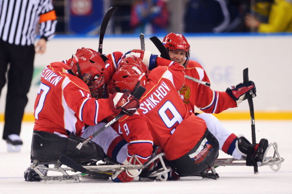 Russia celebrate taking a 1-0 ice sledge hockey lead over Italy ©Getty Images