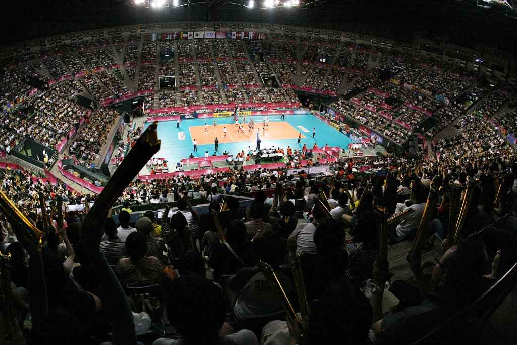 The Ariake Coliseum was a sell out when Japan hosted South Korea in the FIVB World Grand Prix 2011 preliminary round ©FIVB