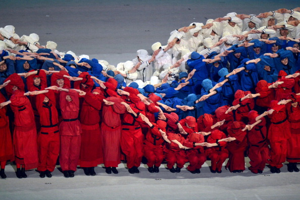 The Russian flag resembling a giant wave ©AFP/Getty Images