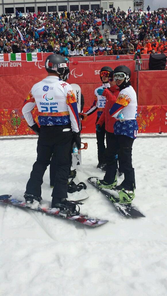 The United States lie first, second, third and seventh after two runs of the snowboard cross ©Twitter
