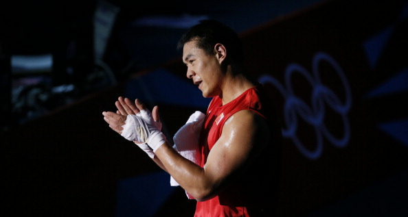 Zhang Zhilei is the second Chinese boxing star to turn professional since London 2012 ©AFP/Getty Images