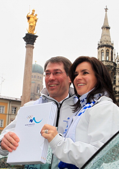 Bernhard Schwank, pictured alongside Munich 2018 chairman Katarina Witt, played a key role in the ultimately unsuccessful bid for the Olympics and Paralympics ©Bongarts/Getty Images