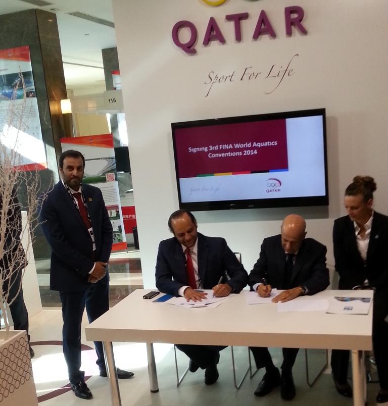FINA and QOC sign Memorandum of Understanding as Qatar gets set to host the 3rd FINA World Aquatic Convention ©ITG
