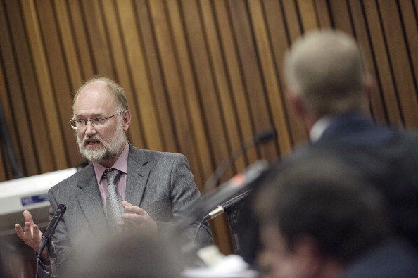 Forensics expert Roger Dixon was challenged on his credibility by prosecutor Gerrie Nel ©AFP/Getty Images