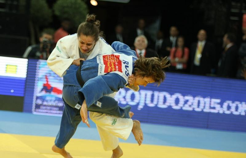 Kosovan world champion Majlinda Kelmendi got the better of reigning European champion Natalia Kuziutina  to secure victory in the women's under 52kg final ©EJU/Carlos Ferreira