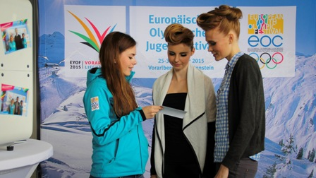 Hundreds of volunteers have already signed up for the Winter European Youth Olympic Festival, including many at the Spring Fair ©EYOF 2015