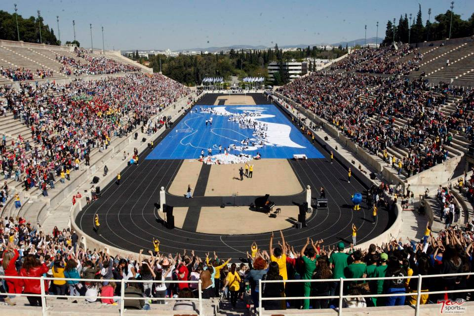 The Hellenic Olympic Committee has unveiled a record breaking dove scuplture crafted by thousands of schoolchildren ©European Olympic Committees