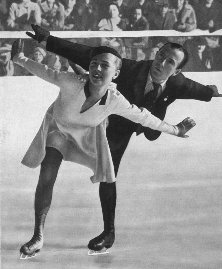 The auction also includes Ernst Baiers Garmisch-Partenkirchen 1936 figure skating gold medal ©Getty Images