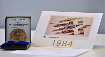 A special medal and certificate was handed to the athletes who missed out on competing at Los Angeles 1984 ©Czech Olympic Committee