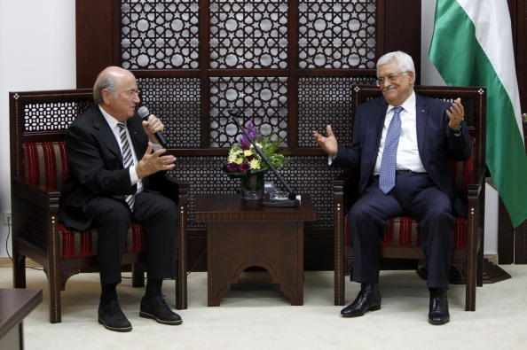 FIFA chief Sepp Blatter met with Palestinian President Mahmoud Abbas during his visit to the region ©AFP/Getty Images